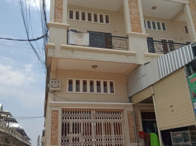 Flat For Rent : 4 Beds In Russey Keo, Phnom Penh