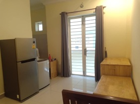 Russian Market   Fully Furnished 1 bedroom with elevator for rent at Toul Tom Poung