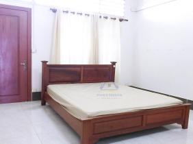 Fully Furnished 1 bedrooms for rent near Russian Market   Toul Tom Poung Area