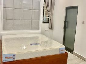 Two bedrooms and one bedroom for rent near Olympia City 700 $