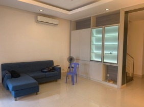 Phnom Penh Sang Park Villa / I want to rent $ 900 / month