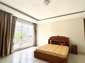 True listing villa for rent 4 bed 5 bath.