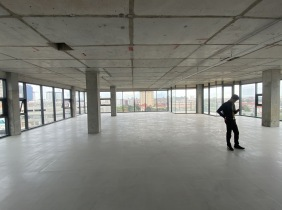 High-end office buildings can be rented separately in the discounts near AEON 1