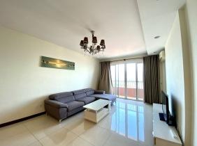 Three-Room Apartment for Rent in Rose Apartment