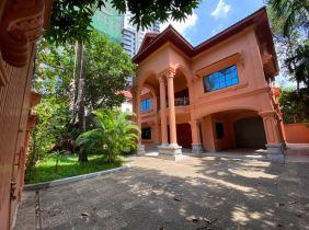 Phnom Penh BKK1 Luxury 5 Bedroom 6 Bathroom Villa for rent 4500 USD/month