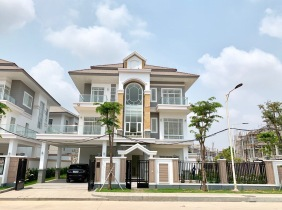 Phnom Penh Chbar Ampov  5Rooms Queen villa for sale area 550m² price 1800000$