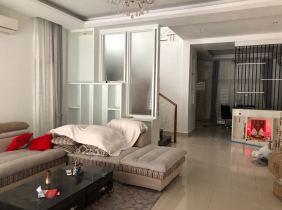 Villa for rent near AEON 2 4 rooms 300m² 1400$/month