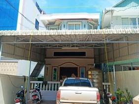 Shophouse for rent /  Sangkat Ti Pir / 6Rooms 245㎡ $1500