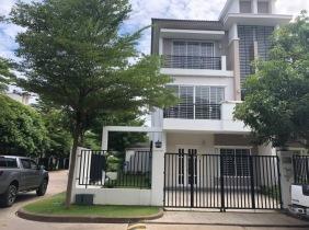 Villa for rent in Phnom Penh, 4 bedrooms 1500$/month