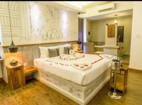Hotel for rent near Maosetong Avenue
