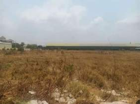 2011 roadside freehold property right near the airport 10298㎡ land for sale, 1800$/square, facing the road on both sides