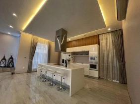 Luxury villa for sale in  Phnom Penh Thmey with 5 bedrooms including furniture