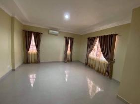 Villa for sale in New Phnom Penh 6 bedrooms 245m² 61$