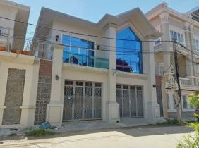Single-family villa for rent in Phnom Penh Airport, 5 bedrooms 2500$/month, check-in with bag