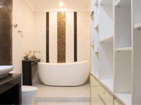 Villa for sale in New Phnom Penh 5 bedrooms 450m² 1600000$