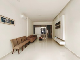Townhouse rental in Cheung Aek 4 bedrooms 800$/month