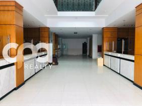 Building for rent, BKK I