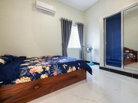 For Rent in Tonle Bassac Is A One bedroom apartment 72㎡ $350