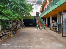 A piece of land near the Russian market and embassy is for sale in a quiet surroundings, restaurants, supermarkets, and small bars are also suitable f
