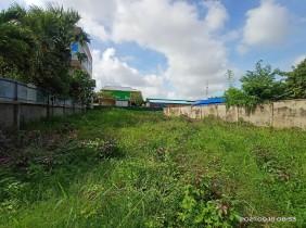 柬埔寨金边市新金边区 540 平方米土地出租(4500 美元/月)。