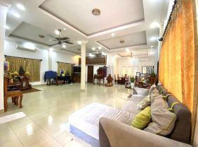 Villa for rent in Zhu Deben 2 District 6 bedrooms 2500$/month