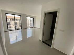 [Hunsen Road Shophouse Townhouses for Rent] Hun Sen 60m Avenue and 271 Road are suitable for business office, 4 bedrooms, 374㎡ $1200