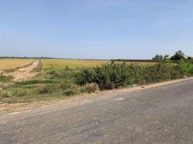 Kampong Thom Province Land for Sale : $1,166,225